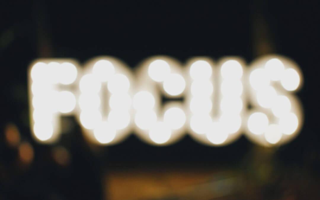 5 simple Tools, mit denen du sofort präsent bist und Aufmerksamkeit bekommst